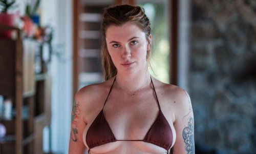 Alec Baldwin and Kim Basinger's daughter Ireland says she is 'embracing her cellulite'