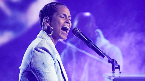 Alicia Keys Brings The House Down With 'Songs In A Minor' Medley At The BBMAs