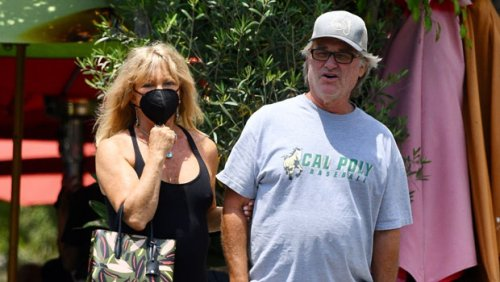 Goldie Hawn & Kurt Russell Look So Cute Linking Arms On Romantic Brentwood Lunch Date After 38 Years Together