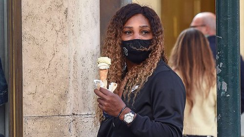 Serena Williams & Daughter Olympia, 3, Chow Down On Gelato & Hold Hands During Stroll In Rome