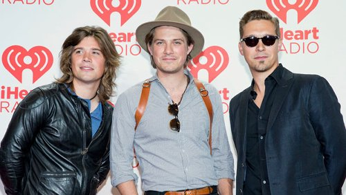 Hanson Brothers Reveal Their Secret Switch-Ups As The Russian Dolls On 'Masked Singer'