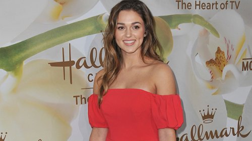 Sadie Robertson Gives Birth To 1st Child: She Welcomes Baby Girl With Christian Huff — See Pics
