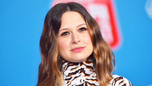 Katie Lowes Teases New Show 'Inventing Anna' Has The 'Special Sauce' Of A Shondaland Show