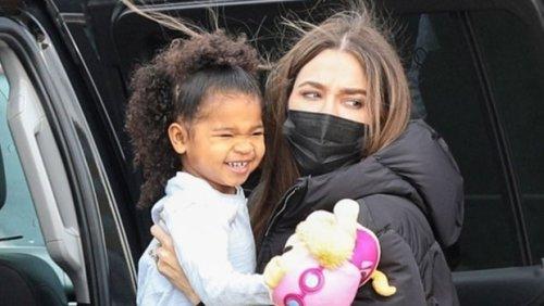 Khloe Kardashian Shares Adorable Snap Of 'Forever' Cousins True, 3, Chicago, 3, & Dream, 4 — Photo