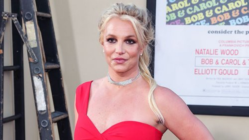 Britney Spears Poses For New Photo Without A Shirt On As She Sounds Off On 'Body Image'