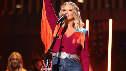 Miranda Lambert Rocks Daisy Dukes With Fishnets As She Celebrates The End Of Summer Tour