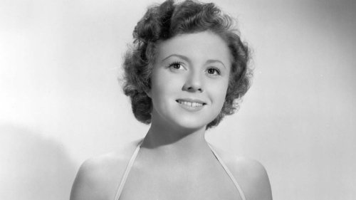 Betty Lynn, Barney's Girlfriend Thelma Lou on 'The Andy Griffith Show,' Dies at 95