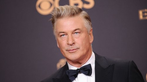 Warrant: Alec Baldwin Was Not Aware Weapon Contained Live Round Before Shooting