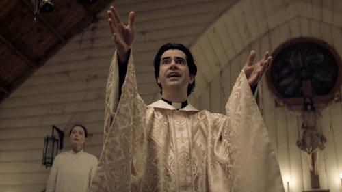 Netflix's 'Midnight Mass': TV Review
