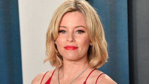 """Elizabeth Banks Tackles Body Image, Sex Education and """"Being Asked to Get a Boob Job"""" on New Podcast"""