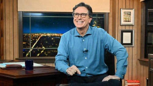 """Steve Carell Presents Peabody to Stephen Colbert's 'Late Show,' Calls Host Only """"Winner Whose Car I've Thrown Up In"""""""