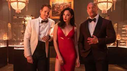 """'Red Notice': Dwayne Johnson Shows Off First Clip of """"Netflix's Biggest Movie Ever"""""""