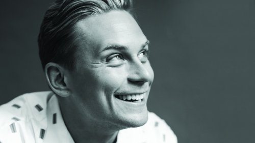 """'Made for Love' Star Billy Magnussen on Finding Depth in the Role of """"an Egomaniac and a Sociopath"""""""