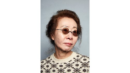 """'Minari's Yuh-Jung Youn Reflects on 50-Year Career: """"I'm a Very Old-Time Actress"""""""