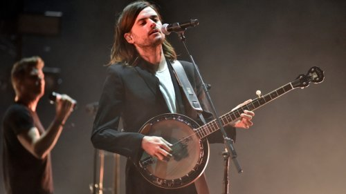Mumford & Sons' Banjoist Quits After Andy Ngo Praise Controversy