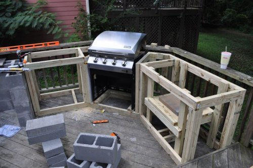 DIY Outdoor Kitchen Frame Ideas - How To Build A Patio BBQ Area
