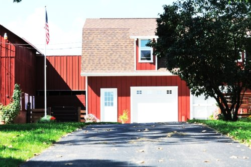 What Is A Pole Barn House Kit?