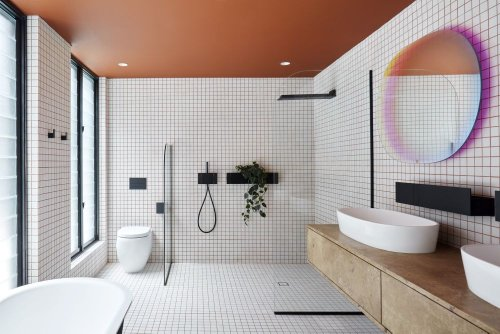 Shutter House by State of Kin + Mobilia bathroom - Home Decorating Trends - Homedit