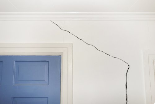 How To Fix A Cracked Wall And Why They Happen