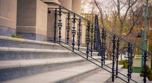 How To Choose The Perfect Handrails for Concrete Steps So You Don't Fall