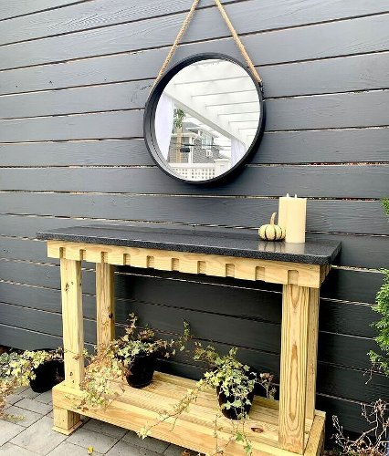 Outdoor Console Table- How to Build It in a Couple of Hours