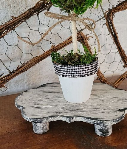 3 Easy Black and White Home Decor DIY Projects on a Budget