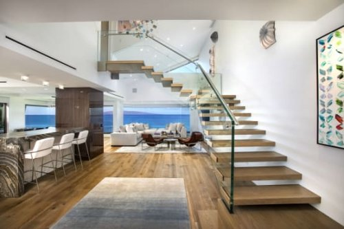 Schwebende Design-Treppe auf Hawaii   homify