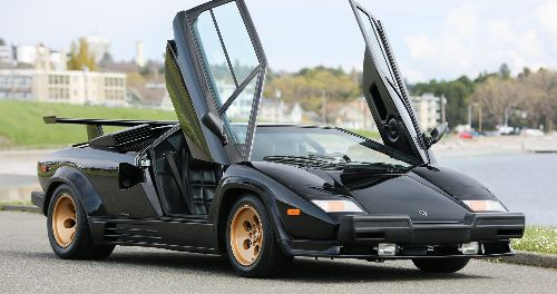 9 Greatest Lamborghinis Ever Made (1 That Was Terrible)