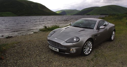 The Coolest Features Found Inside The Aston Martin Vanquish