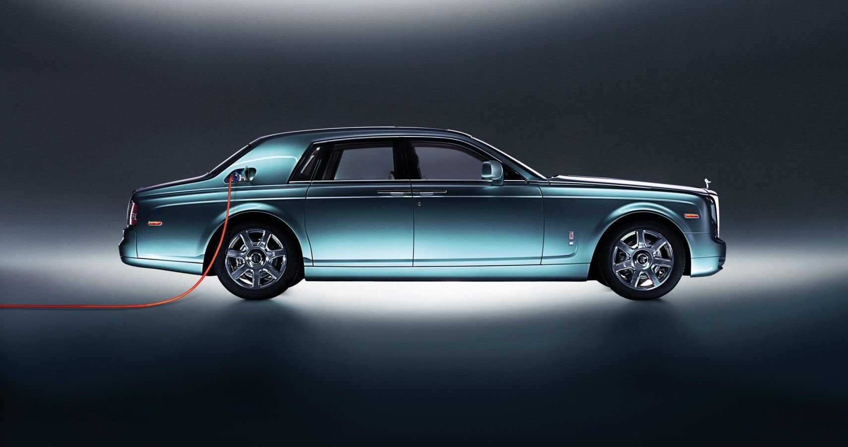 The 2023 Rolls-Royce Silent Shadow Will Be The Most Extravagant EV