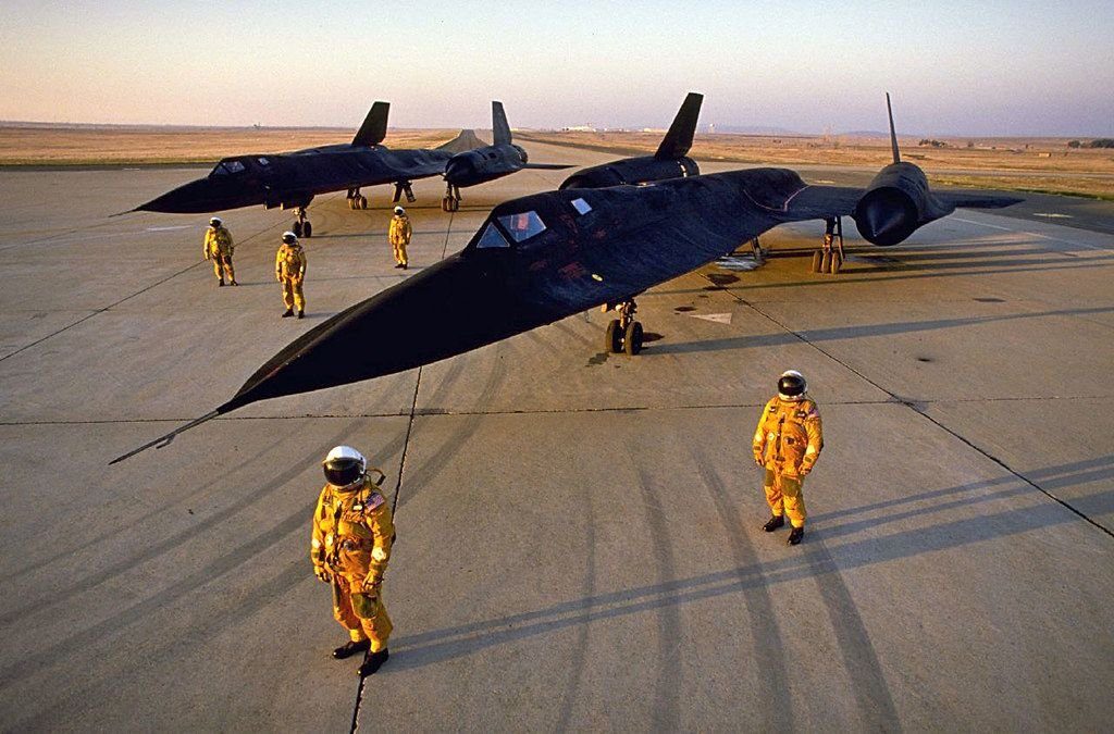 Watch: That Time Jeremy Clarkson Checked Out A Lockheed SR-71 Blackbird