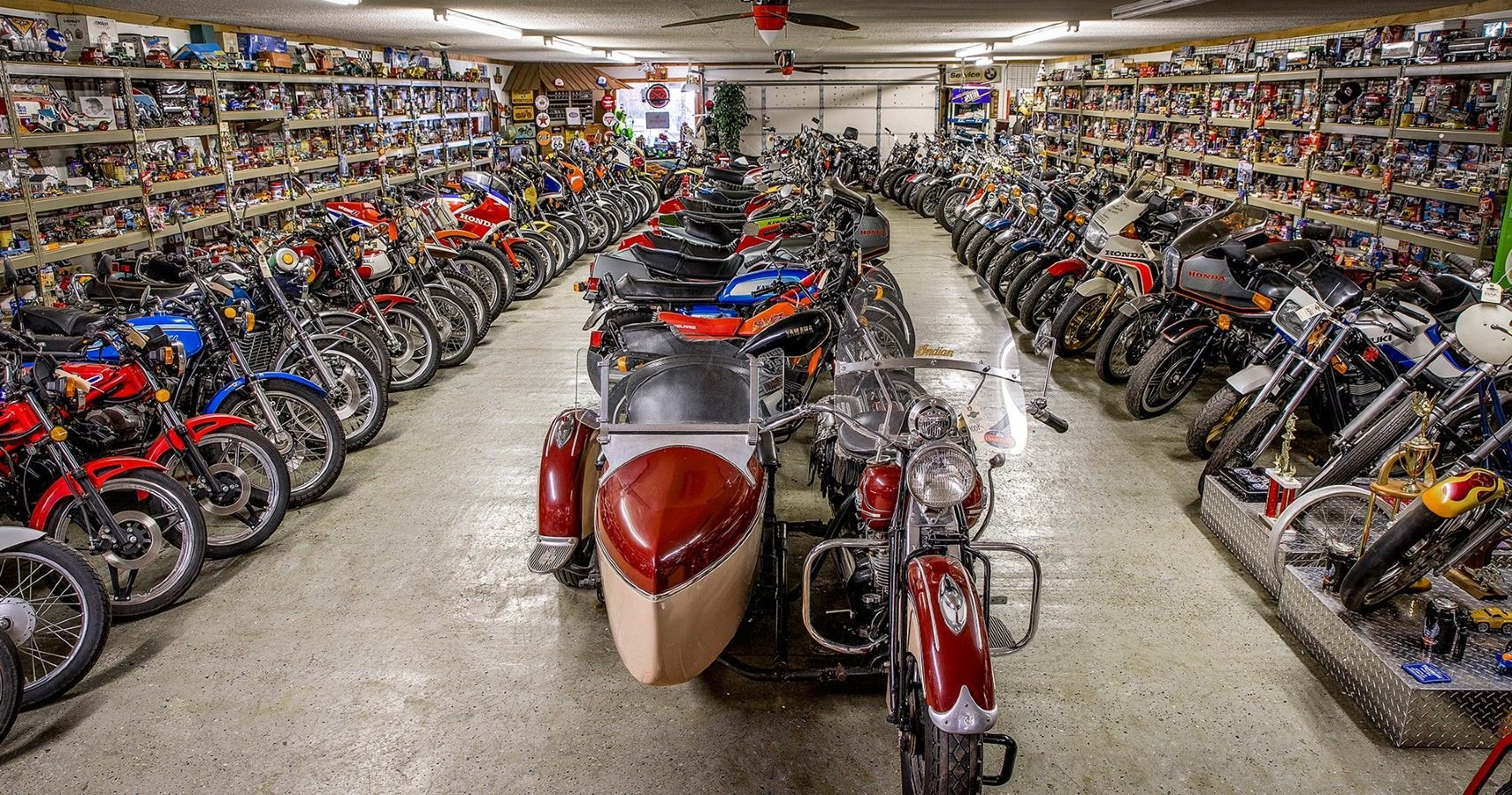 """Richard Rawlings Is Auctioning Off Denny """"Kannonball"""" Kannenberg's Motorcycle Collection"""