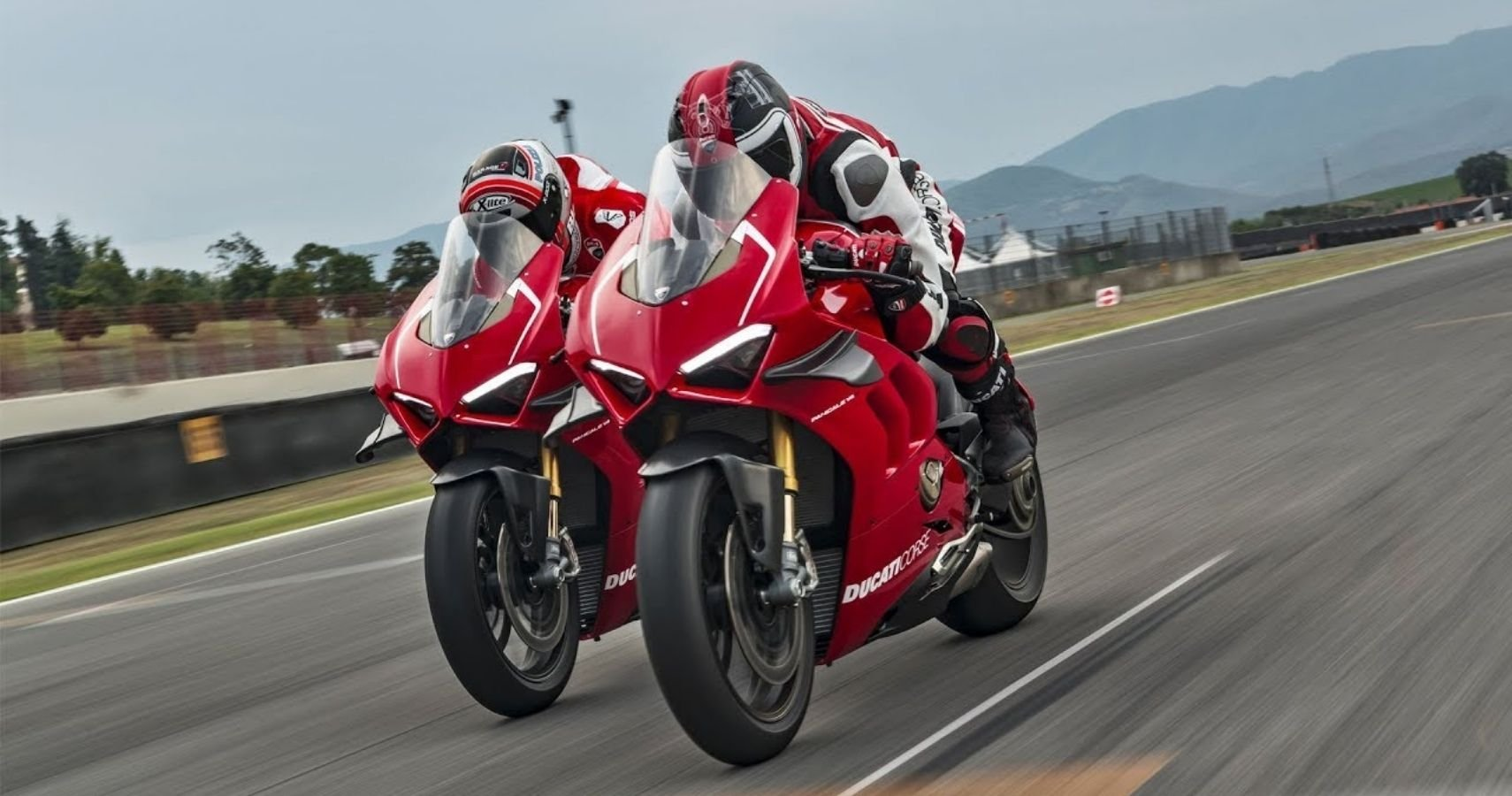 These Are The Best Performance Accessories For The Ducati Panigale V4 S