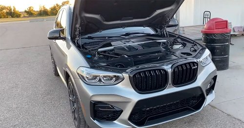 Jeep Trackhawk Vs BMW X3 M Makes For Incredibly Loud Drag Race, But Not Without Cost