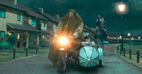 A Detailed Look At The Flying Motorcycle From The Harry Potter Movies