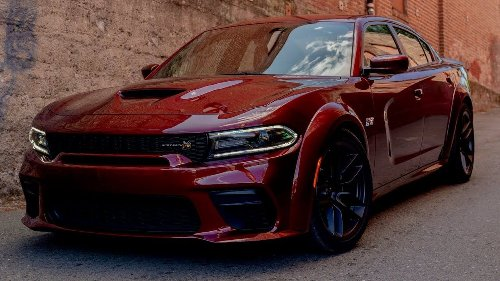 Here's Why You Should Buy A Dodge Charger Scat Pack