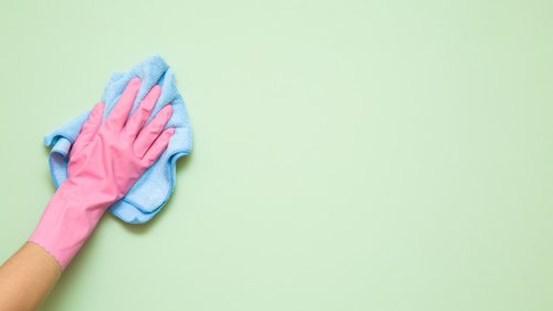 You're Probably Cleaning Your Walls The Wrong Way