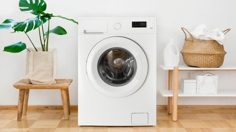 The Secret To Keeping Your Washing Machine From Stinking