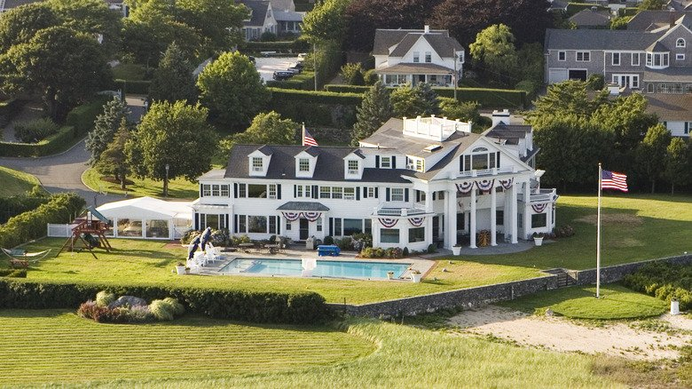 The Most Lavish Homes Of Former Presidents
