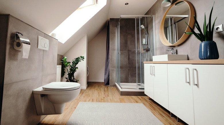 8 Easiest Ways To Clean Glass Shower Doors