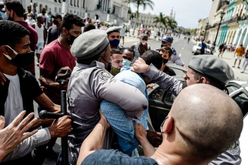 Cuba: Peaceful Protesters Systematically Detained, Abused