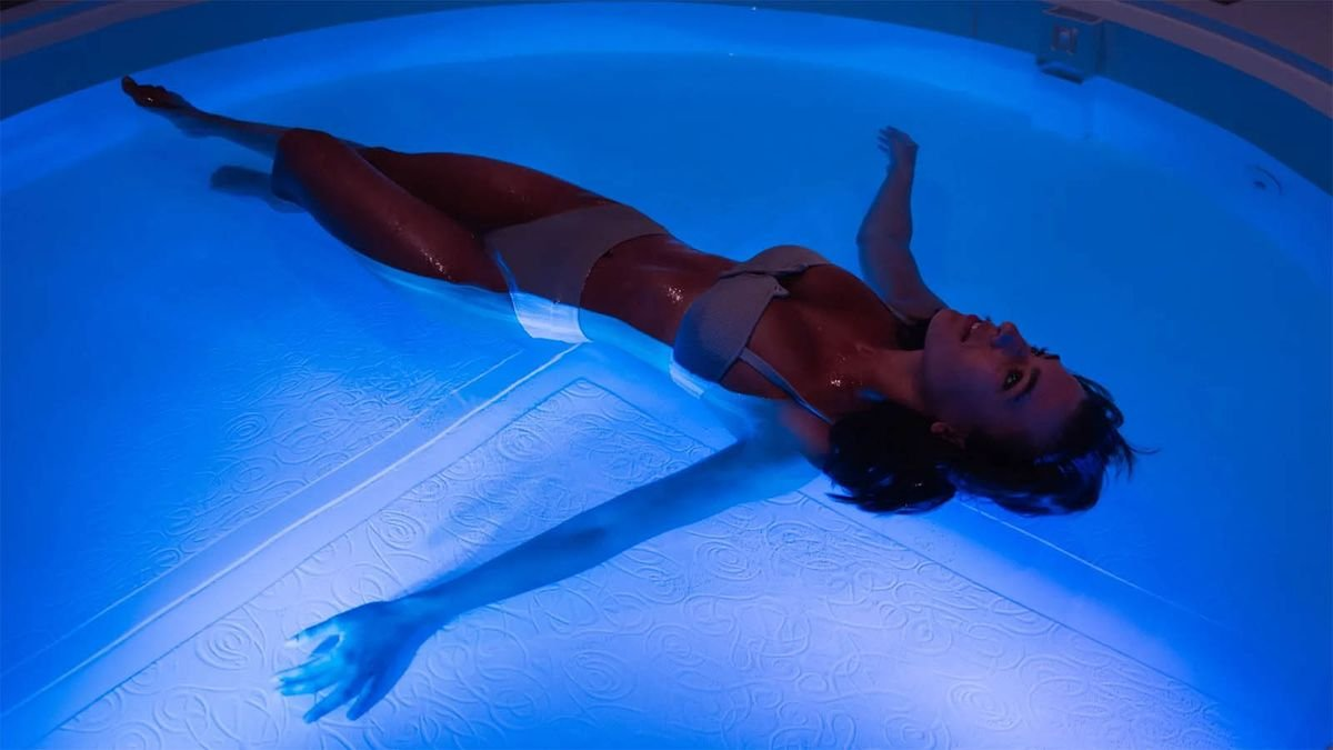 Why You May Like Floating in a Sensory Deprivation Tank