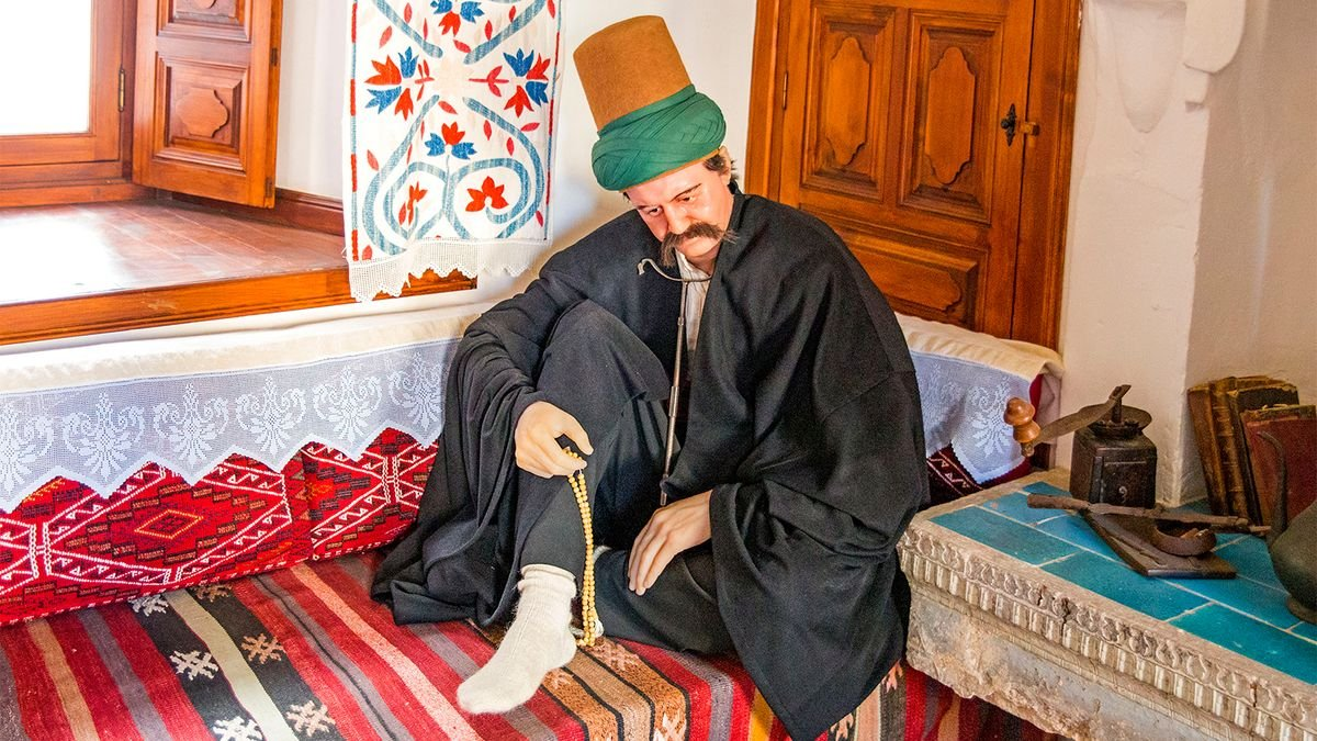 What Rumi, the World's Most Popular Poet, Wants to Teach Us, 800 Years Later
