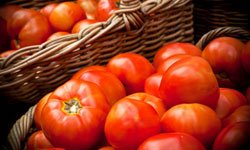 5 Tips for Saving Fresh Tomatoes