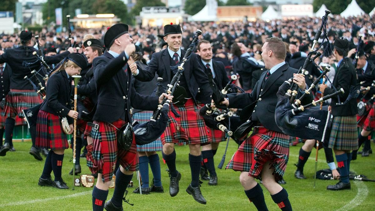 Do All Scottish Families Have a Tartan?