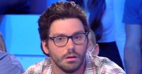 """L'humoriste Gaëtan Matis ne """"peut plus dormir chez lui"""" après sa blague sur Éric Zemmour"""