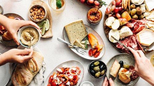 9 Foods That Make The Mediterranean Diet Easy