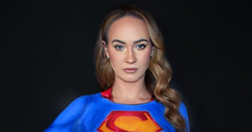 Mum dresses as her favourite superheroes using nothing but body paint