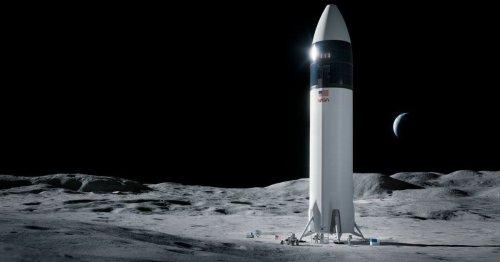 Elon Musk shoots down Jeff Bezos over moon landing