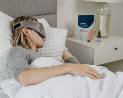 This Is How You Should Be Sleeping, According to a Chronotype Quiz | Hunker